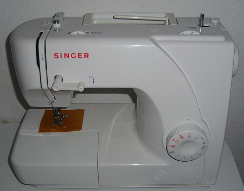 What Is A Free Arm Sewing Machine The Home Sewing Place Best Sewing Machine Free Arm